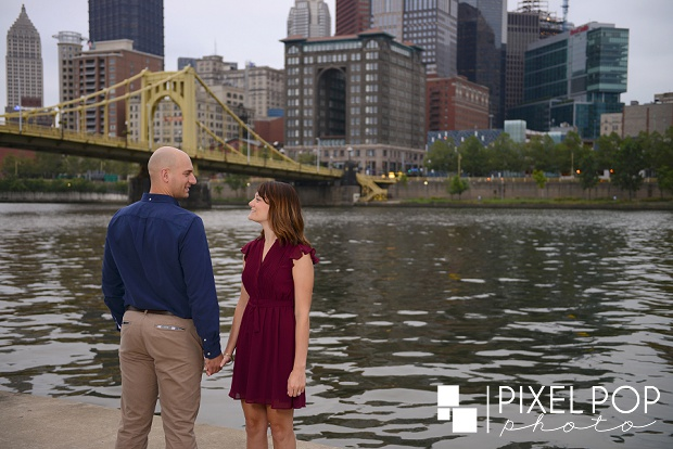 North Shore Pittsburgh engagement session,Pittsburgh engagement session,Youngstown wedding photographer,overlook Pittsburgh engagement,