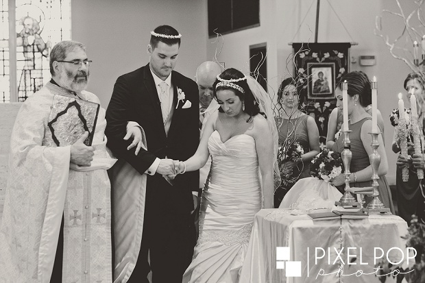Pixel-Pop-Photography-Youngstown-wedding-photographers-Boardman-wedding-photographers-Saint-John-Greek-Orthodox-Church-wedding-Boardman-Park-wedding-The-Lake-Club-of-Ohio-wedding-reception0017.jpg