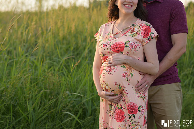 Boardman Park maternity session,Mill Creek MetroParks Farm maternity photos,Pixel Pop Photo,Pixel Pop Photography,Youngstown gender reveal photos,Youngstown maternity photographers,Youngstown photographers,Youngstown photography,maternity photos Youngstown,