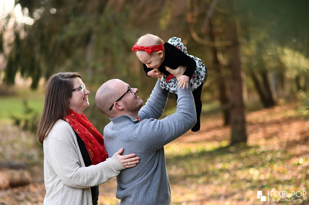 Boardman Park family session,Boardman family photographers,Pixel Pop Photo,Pixel Pop Photography,Youngstown family photographers,Youngstown family session,Youngstown holiday family session,Youngtown family lifestyle session,